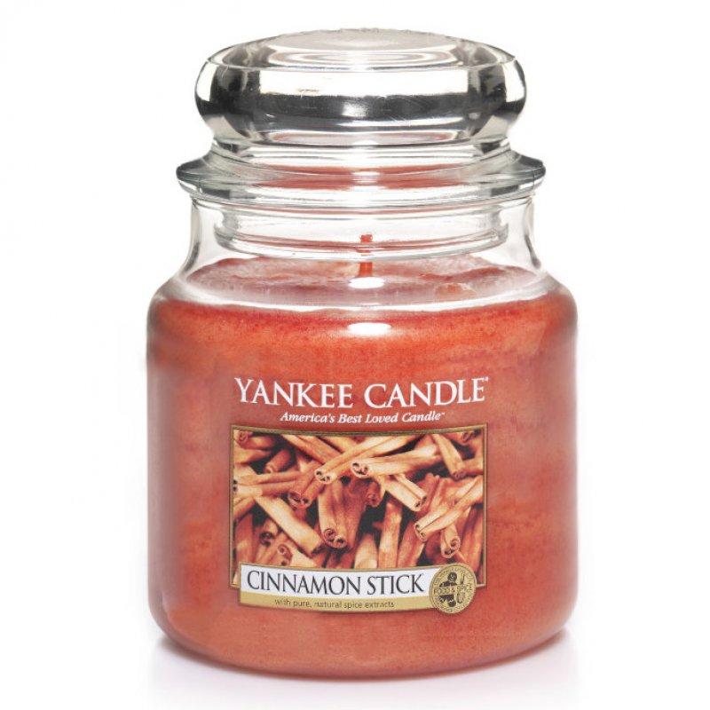 yankee-candle-glas-mittel-mit-duft-cinnamon-stick